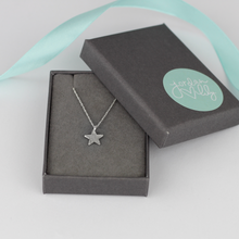 Load image into Gallery viewer, Hammered Tiny Star Necklace