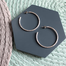 Load image into Gallery viewer, Large Hammered Hoop Earrings
