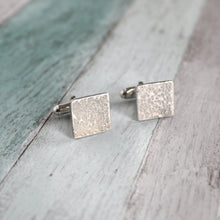 Load image into Gallery viewer, Hammered Square Cufflinks