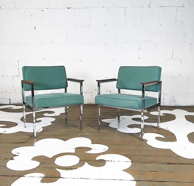 Mid-Century Modern Knoll Chairs
