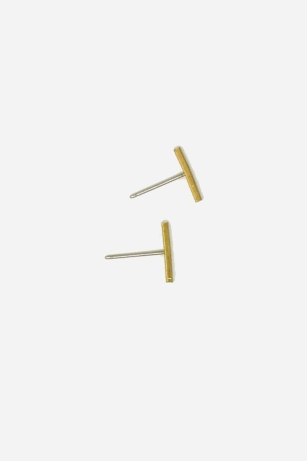 GEO BAR STUD EARRING