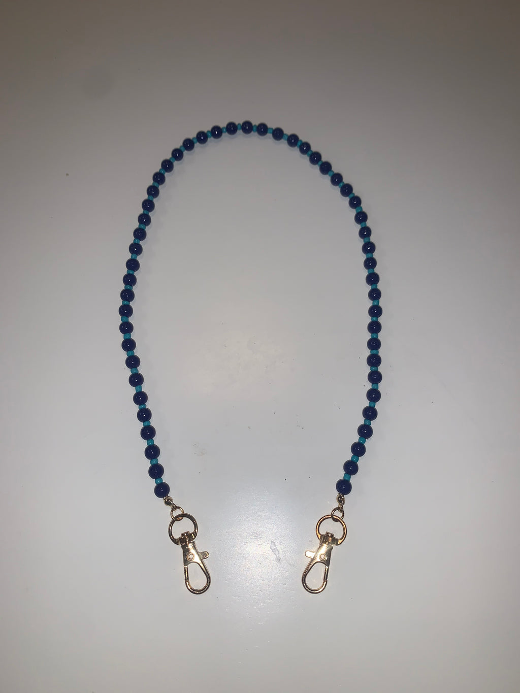 KIDS BLUE BEAD MASK NECKLACE