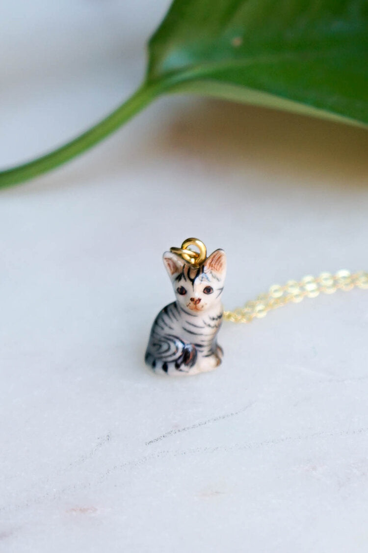 CERAMIC KITTY NECKLACE
