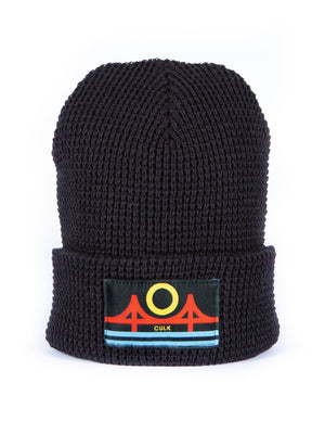 MINIMAL BRIDGE BEANIE- black