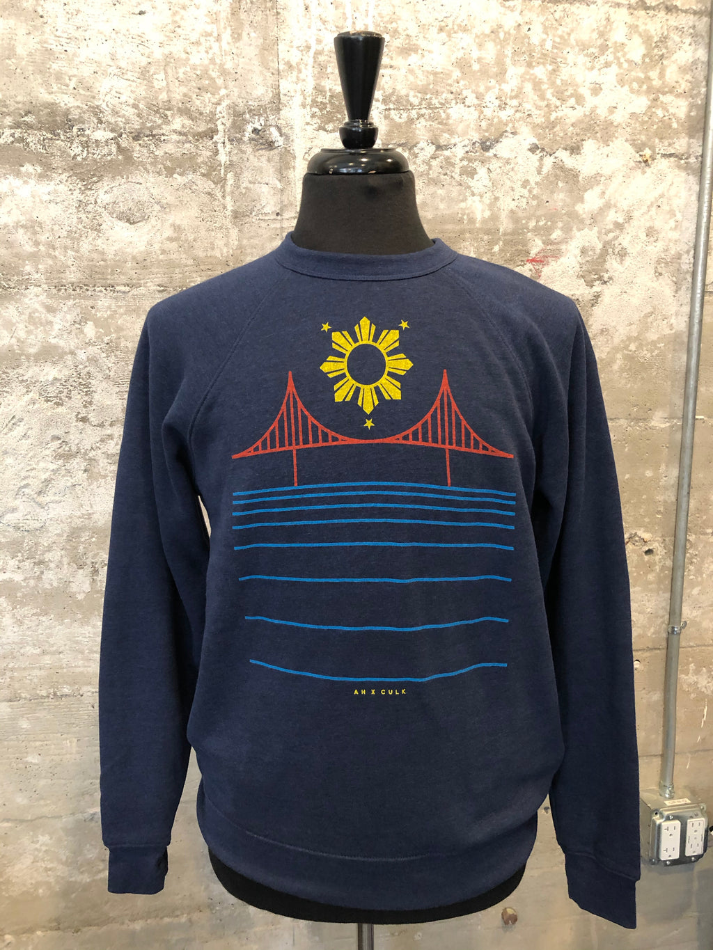 FILIPINX BRIDGE FLEECE - AH EXCLUSIVE (navy)