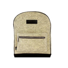 Laden Sie das Bild in den Galerie-Viewer, Path Cream Backpack