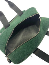 Upload the image to the Gallery Viewer, Explore Green Bag