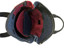 Laden Sie das Bild in den Galerie-Viewer, Urban Blue / Bordeaux Backpack
