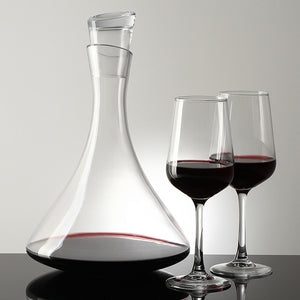 Elegant Wine Decanter with Crystal Stopper (1.5 liters)