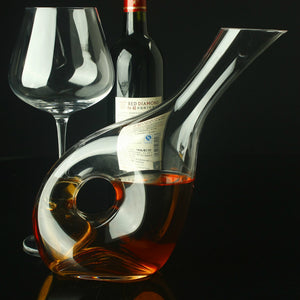 Angled Snail Shaped Wine Decanter (1.5 liter)