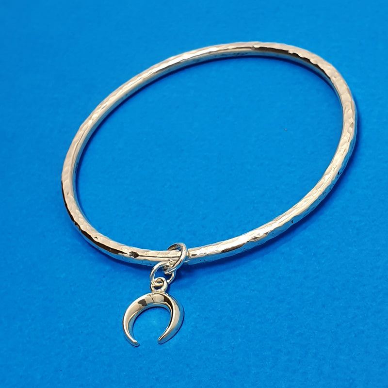 Memento silver hammered finish charm bangle jewellery