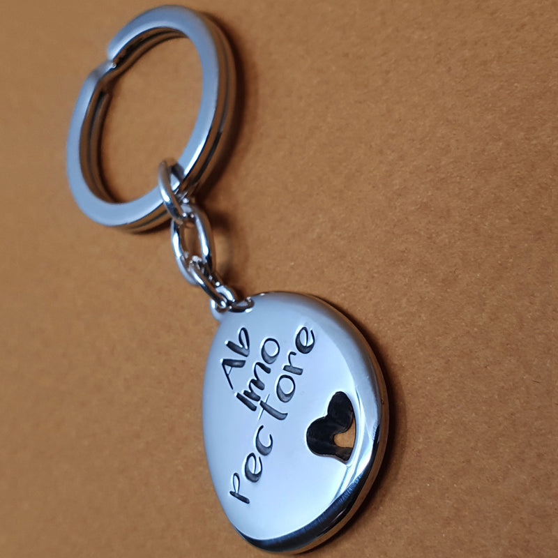 Memento silver personalised special message signature heart pebble keyring