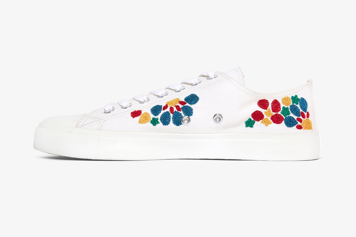 all white mens sneaker with hand embroidery