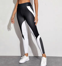 Load image into Gallery viewer, Geometric Leggings