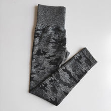 Load image into Gallery viewer, Camo - Leggings