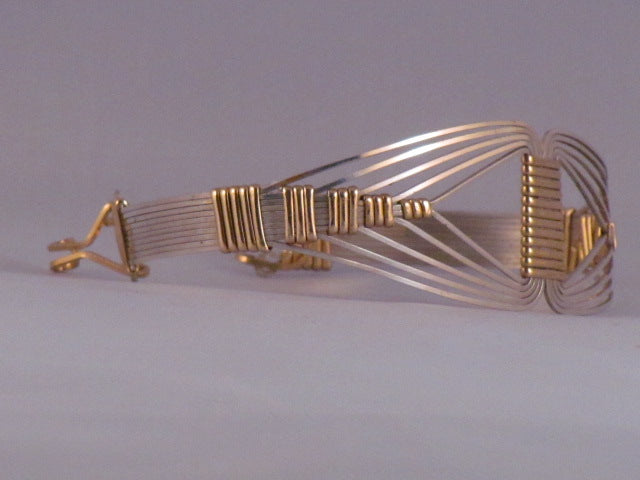 Nefertiti Bangle | G Silver, Brass