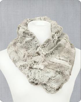 Infinity Scarf Cuddle Kit Silver Fox