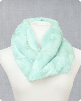 Infinity Scarf Cuddle Kit Hide Sea Glass