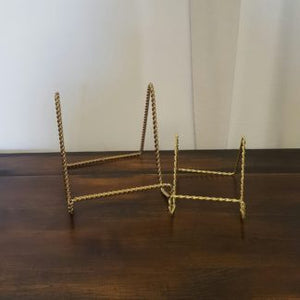 Gold Wire Easels