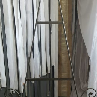 Low Silver Easel