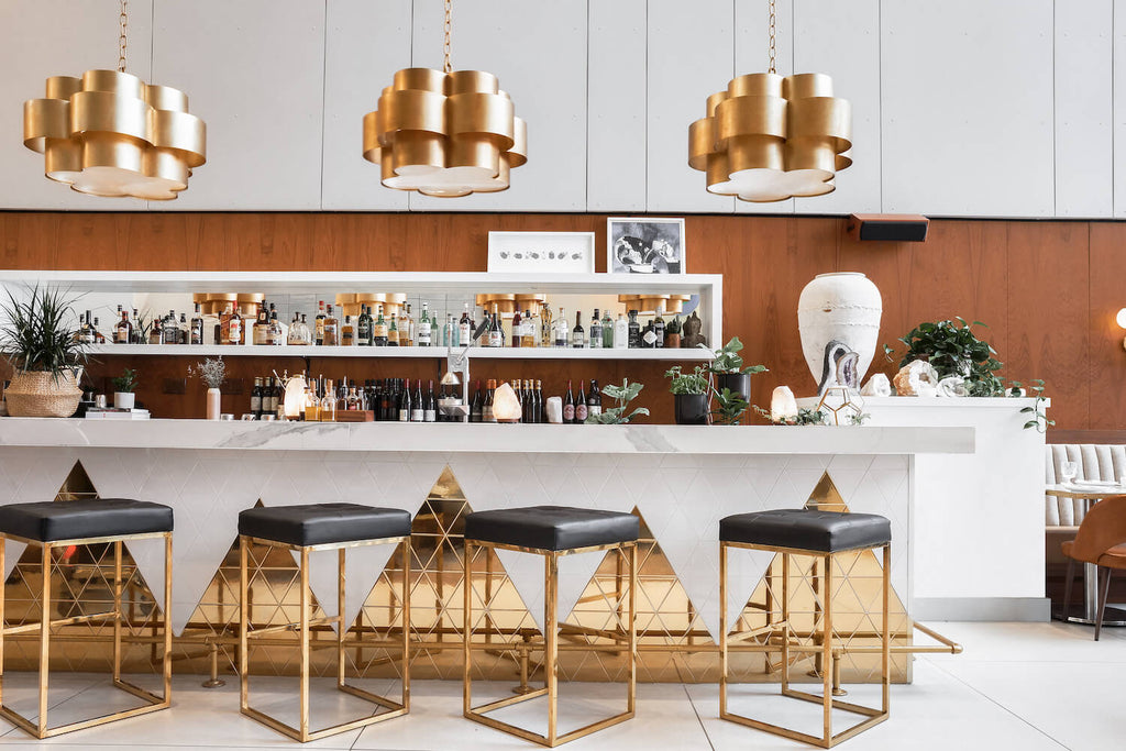 Jackson bar- luxurious bar with gold accents