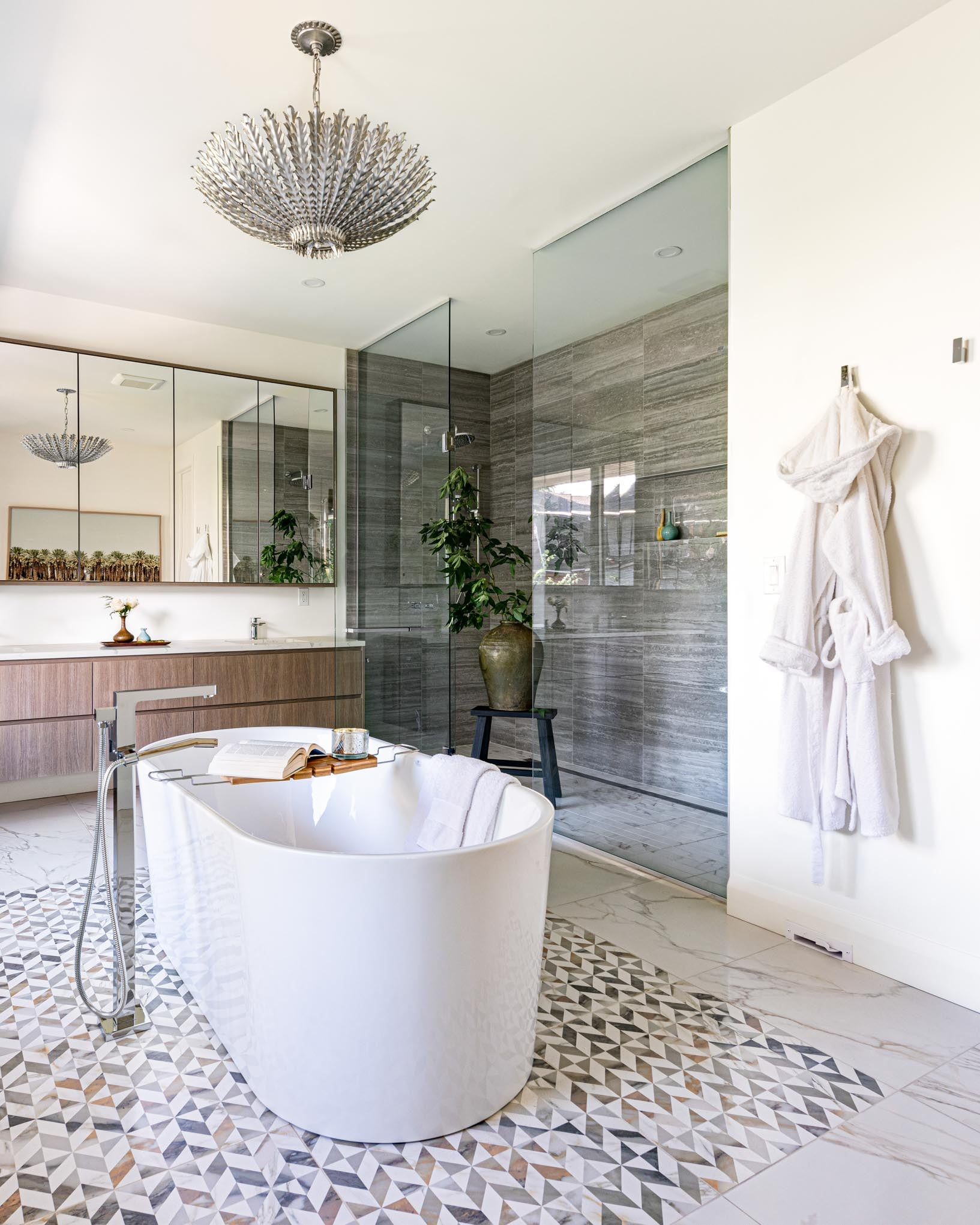 Master ensuite with large soaker tub.