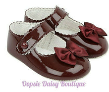Load image into Gallery viewer, Baby Girls Baypod Ribbon Shoes
