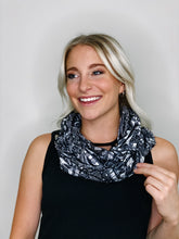 Load image into Gallery viewer, Milky Soft 1-Print Infinity Scarf