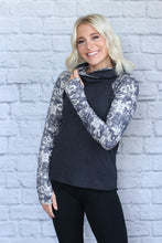 Load image into Gallery viewer, Gray Rose Cropped Hoodie