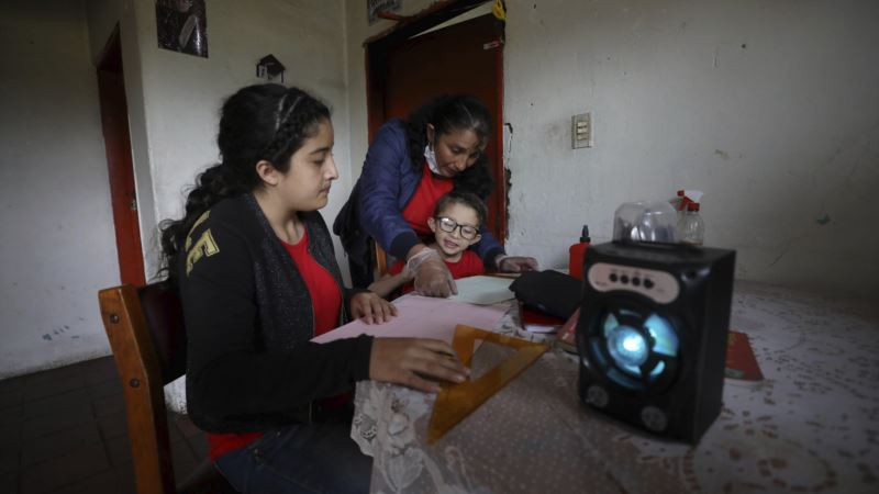 COVID Crisis Drives Return to Education Broadcasts in Latin America
