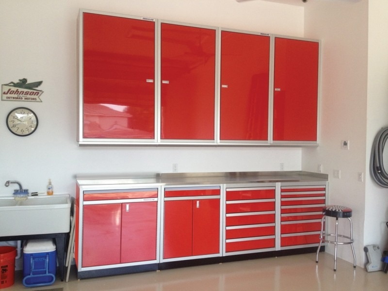 Aluminum Storage Cabinets Provide These 3 Important Uses