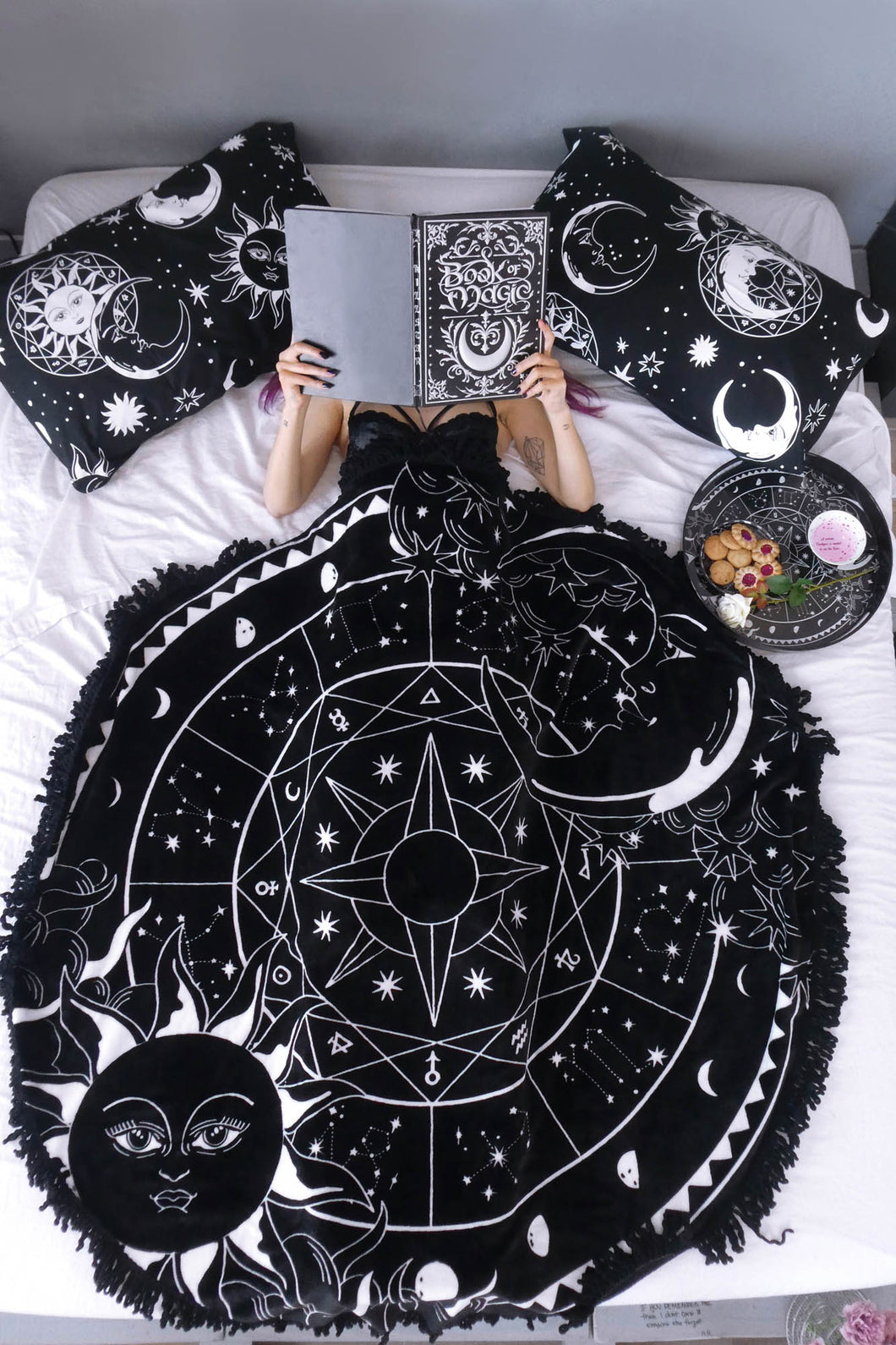 Killstar Sky Spirit Round Blanket Medium