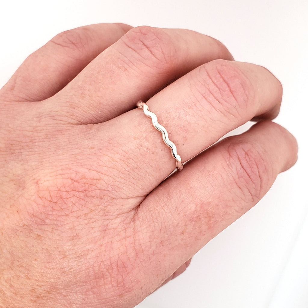 sterling silver wavy ring band