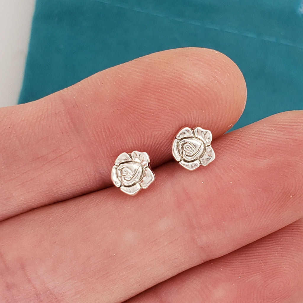 small silver rose earrings