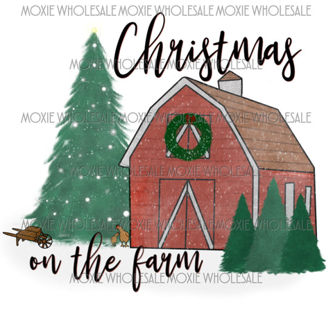 Christmas on the Farm - Barn with Wreath