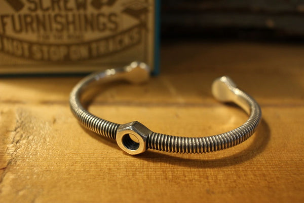 "BARNSTORMERS / ""BOLT'N'NUT SCREW BANGLE"" (S17-04SV,STERLING SILVER)"