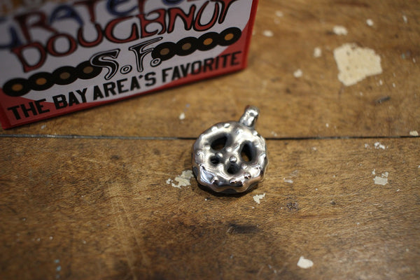 "BO'S GLAD RAGS / ""Glazed Peace"" GRATEFUL DOUGHNUT PENDANT HEAD (A20-01,Sterling Silver)"