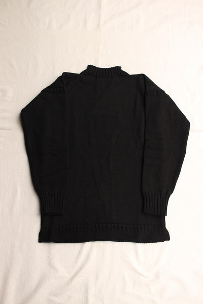 GUERNSEY WOOLLENS / TRADITIONAL GUERNSEY (BLACK)
