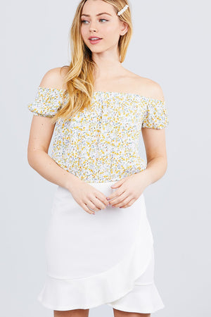 Short Sleeve Off The Shoulder W/shirring Detailed Printed Woven Crop Top