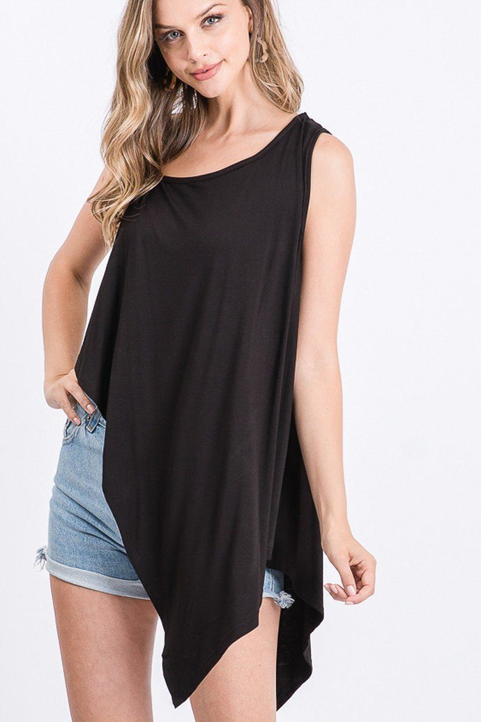 Solid Knit Top Is Fearing A Round Neckline And Side Hi-low