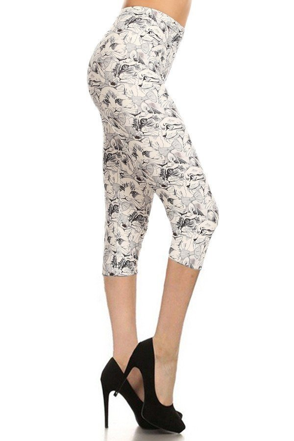 Cat Print, High Waisted Capri Leggings In A Fitted Style With An Elastic Waistband