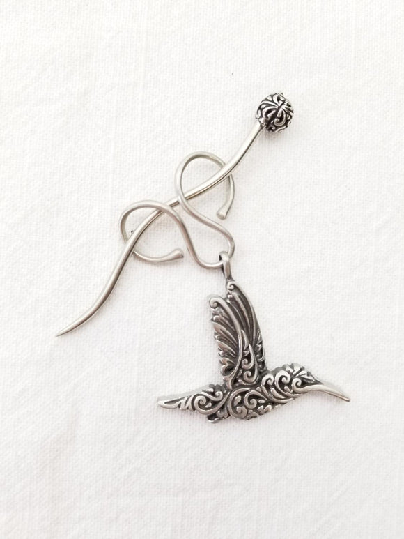JULDesigns Charm Lock Shawl Pin - Hummingbird Filigree