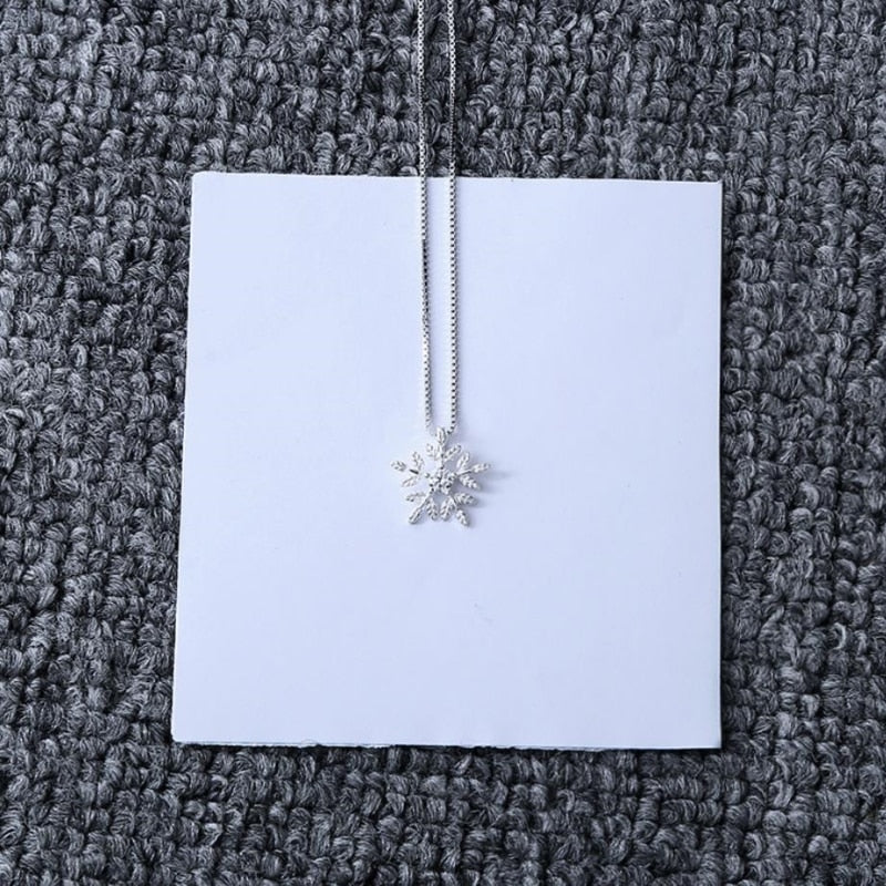Tiny Snowflake Silver Necklace