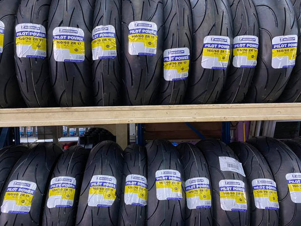 Michelin Pilot Power 120/70-17 + 190/50-17 AAL