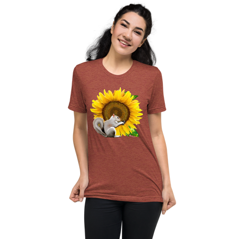 Sunflower Squirrel - Short sleeve t-shirt