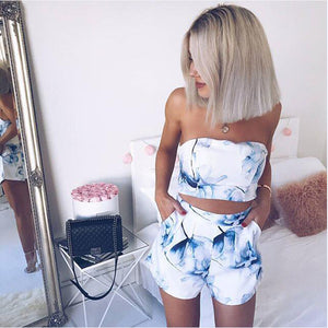 Two Pieces Women Sexy Set Floral Printed Straplessd Cropped Halter Top Fashion 2019 Summer Female Beach Elastic Vest Shorts Sets