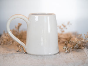 Three Brooms Mug with gold 22