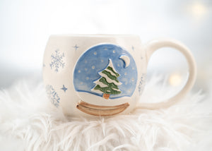Snow Globe with Pine tree Mug 2