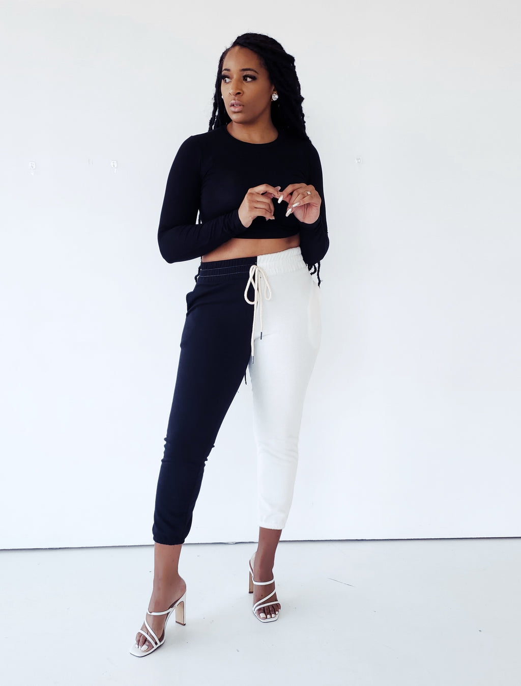 COLOR-BLOCK BLACK & WHITE LOUNGE JOGGERS