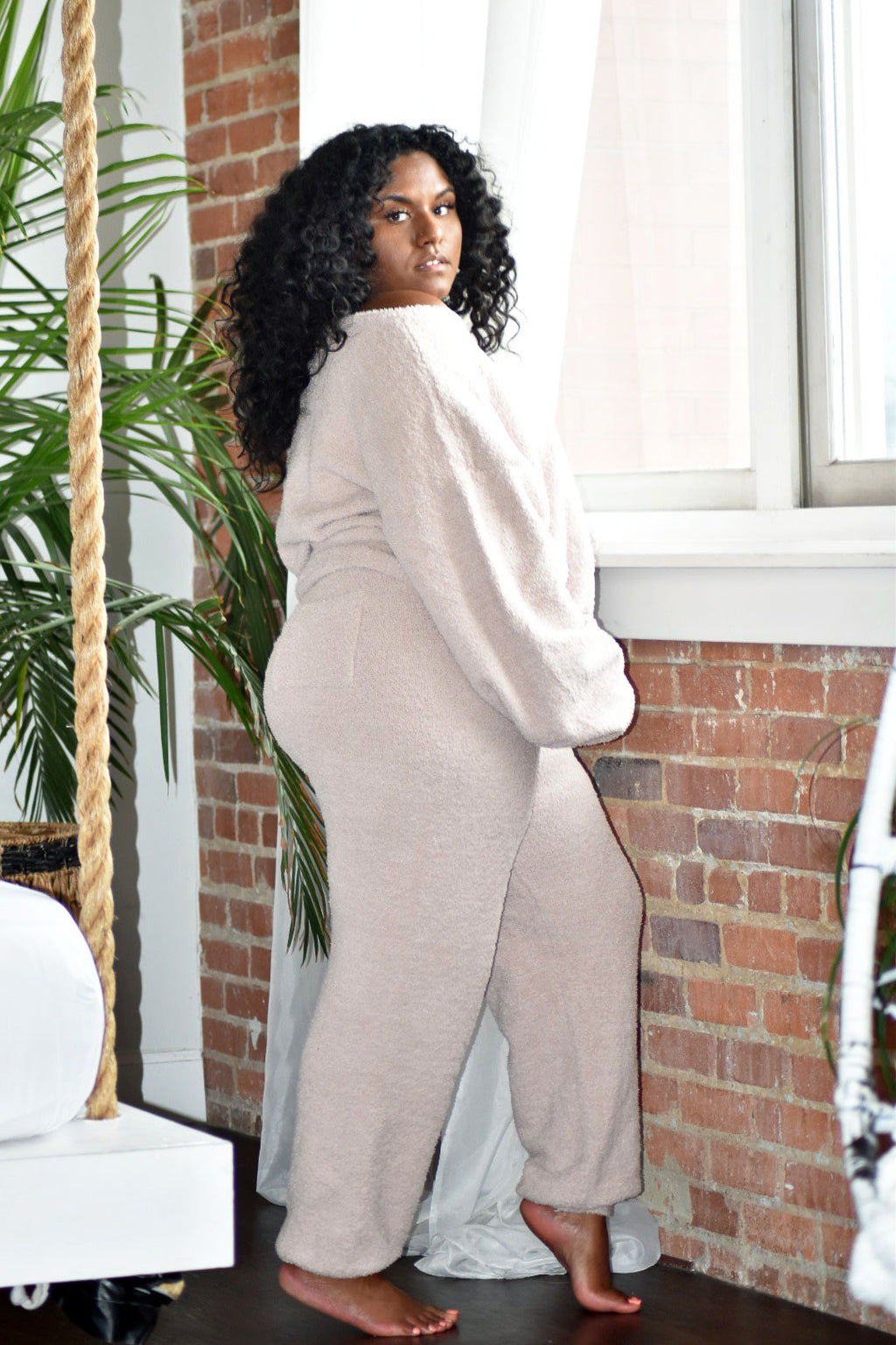 TAUPE TEDDY LUXE LOUNGE SET